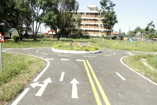 kakamega-traffic-safety-park9FE7C5F7-ABD6-BF12-C0ED-480219822E57.jpg